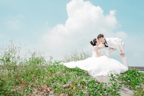 甜蜜草坪婚紗-台南婚攝LoveCut